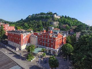 Hotel Master, Via Luigi Apollonio,72