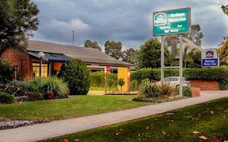BEST WESTERN Heritage Motor Inn