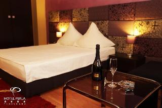 Perla Hotel, Protopop George Dragomir…