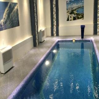 Ariva - Pool