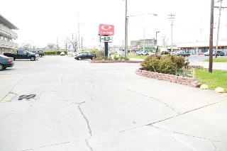 Econo Lodge, 11620 Chester Rd.,11620