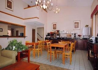Book Quality Inn Montrose - image 1