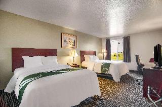 Rodeway Inn & Suites Parsons