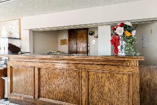 Rodeway Inn, 910 Ave Q,