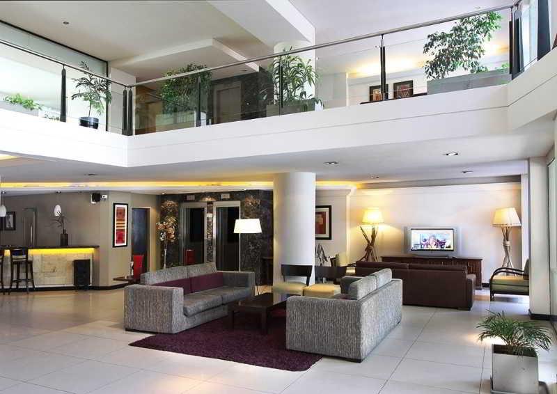 Crans Montana Hotel - Diele