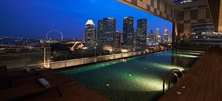 Pan Pacific Serviced Suites Beach Road - Pool