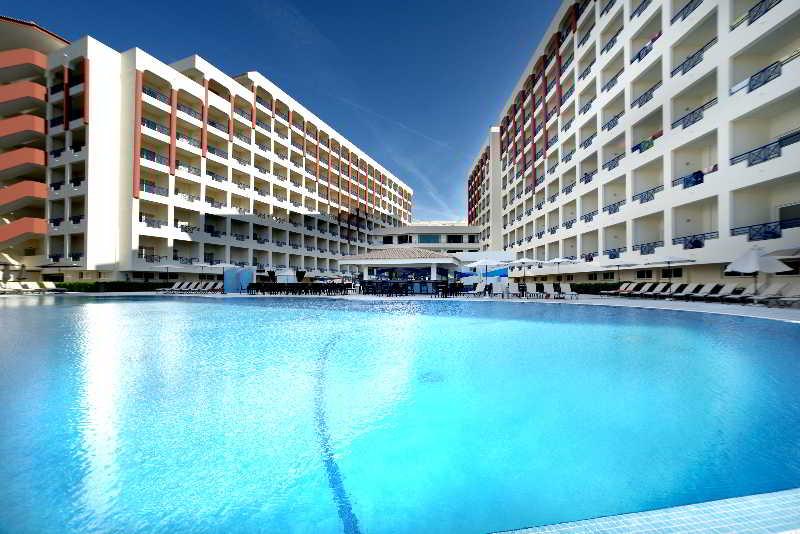 Hoteles con toboganes en portugal hotelnights for Hoteles familiares portugal