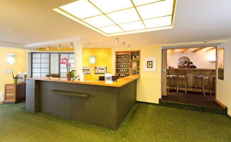 Schweizerhaus Swiss Quality Hotel - Diele