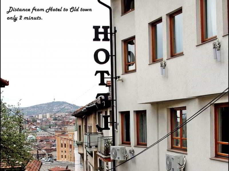 Hotel Herc, Podcarina 1,1