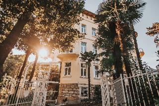 Hotel Villa Eugenia, Maršala Tita,34