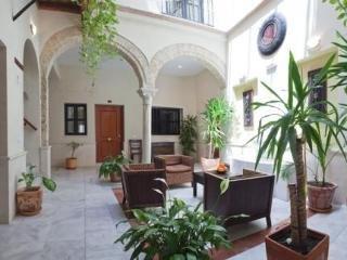 Apartamentos La Casa Del Pozo Santo