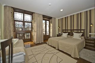 Hotel Casona De Lazurtegui, C Julio Lazurtegui 26 28,