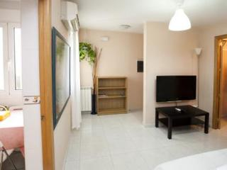 4a Olmo Apartments