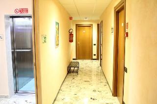 Hotel Garden, Via Privata Amelia Ferro,1-2