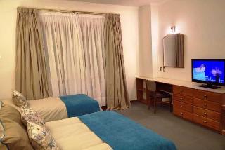 Tres Reyes Hotel - Zimmer