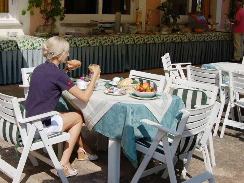 Hotel Fabricia, Localita Magazzini,