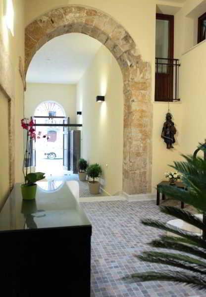 Palazzo Ossuna Residence