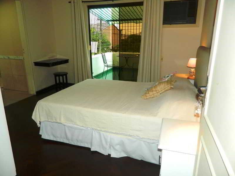 Los Jazmines Casa Hostel - Zimmer