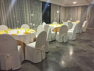 Hotel Pineta Castello, Via Pineta La Serra 45,
