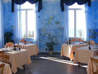Villa Alma Pace, Viale Amerigo Vespucci,