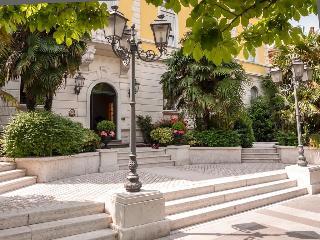 Hotel Rovereto, Corso Antonio Rosmini,82/d