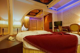Dreamhotel, Via G  Fara 33,