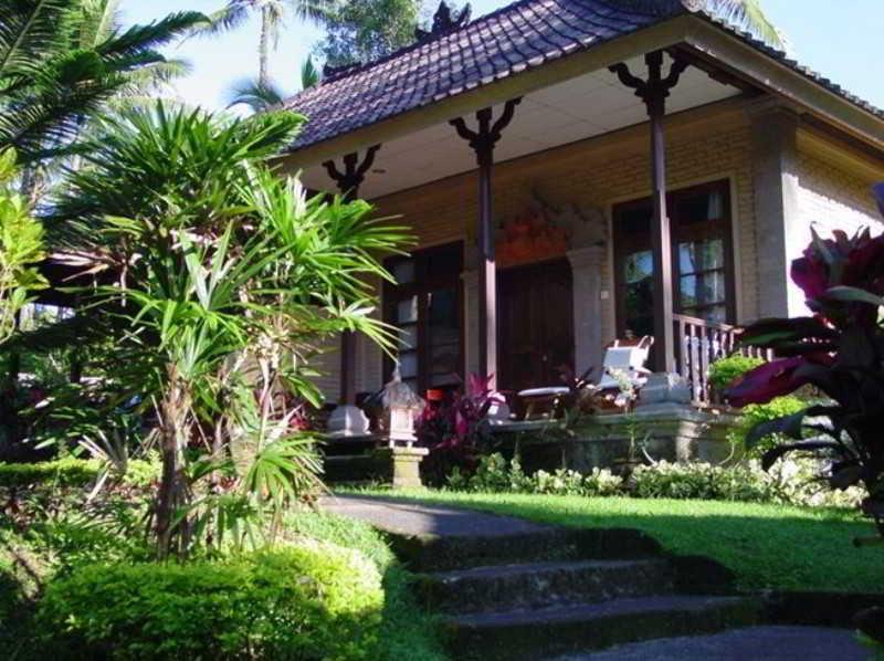 Cempaka Belimbing Villas, Suradadi Belimbing Pupuan,