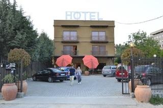 Portal hotel, Skupi,bb