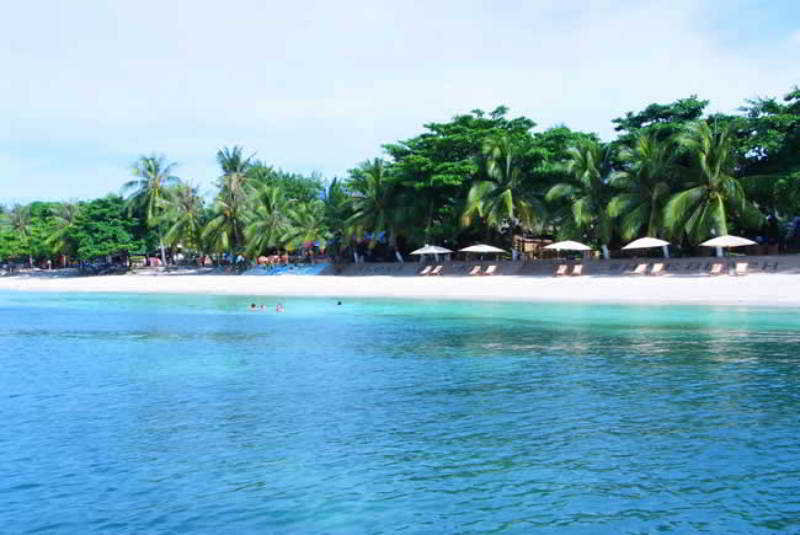 Alona Kew White Beach Resort - Strand