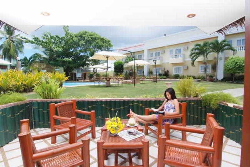 Alona Kew White Beach Resort - Terrasse