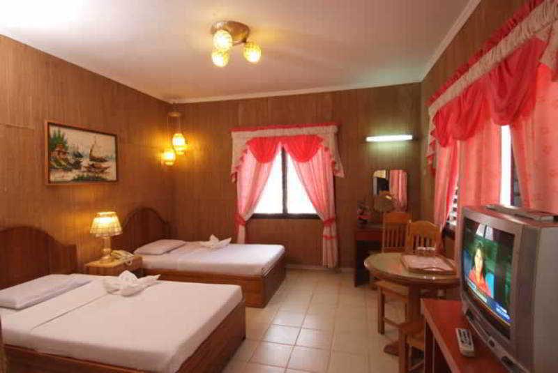 Alona Kew White Beach Resort - Zimmer