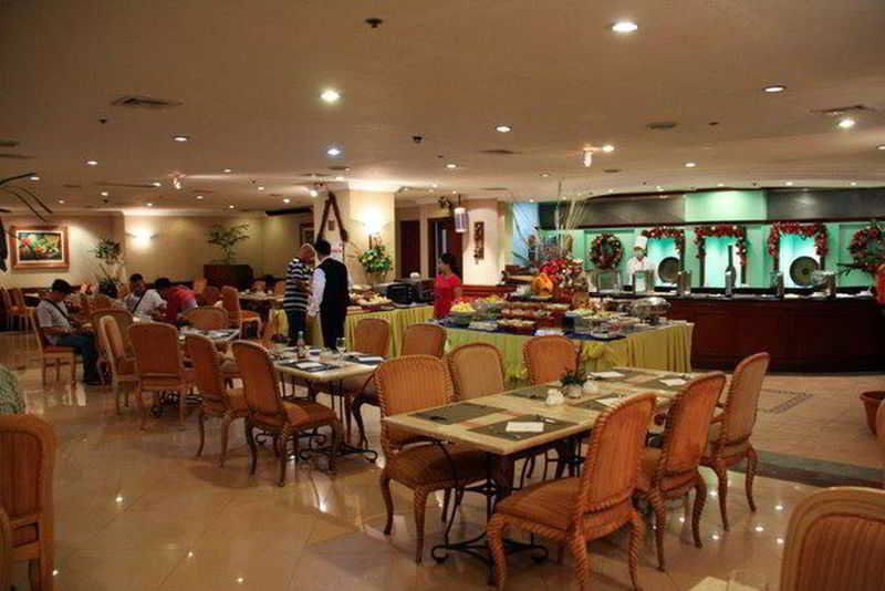 Grand Regal Hotel Davao - Restaurant