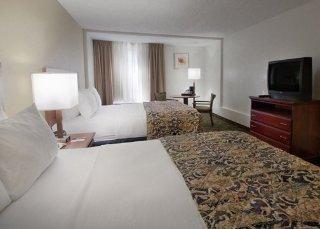 Quality Inn & Suites Winter Park Village Area
