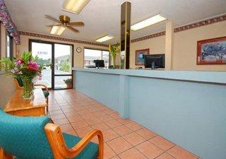 Rodeway Inn & Suites Rehoboth Beach