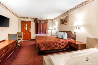 Econo Lodge, 101 Edelweiss Strasse,