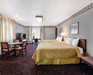 Rodeway Inn & Suites, 211 N Rawhide Drive,