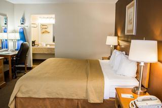 Quality Inn, 1011 East Cumberland Street,