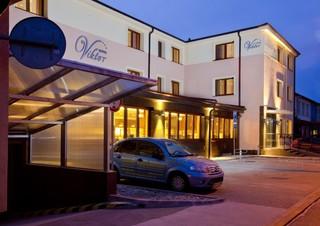 Hotel Viktor, Kremnicka,26
