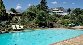 Cathedral Peak Hotel - Pool
