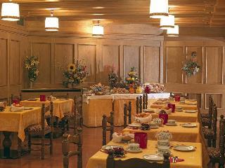 Hotel Pinzolo Dolomiti, Corso Trento,24