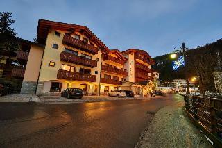 Hotel Bonapace, Via Monte Spinale,18