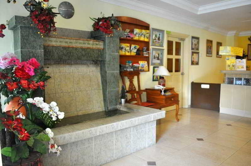 Sun Inns Hotel Lagoon - Diele