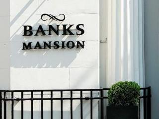 Banks Mansion