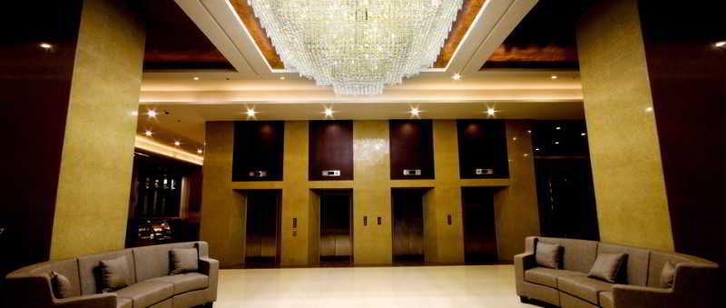 Mandarin Plaza Hotel - Diele