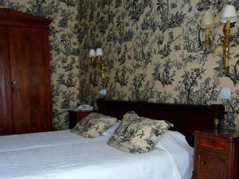 Hotel De Labeille, 64 Alsace Lorraine,