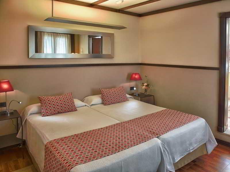 Alminar Hotel
