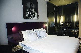 Les Nuits Hotel, Lange Gasthuisstraat,12