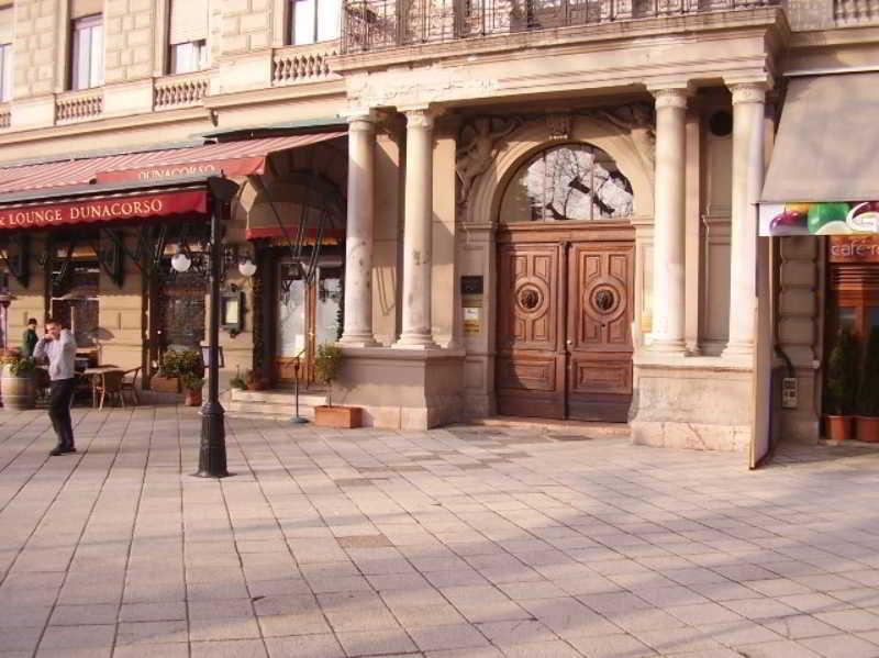 Vigado Square Apartment, Vigado Square,3