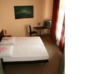 Victoria Hotel Pension