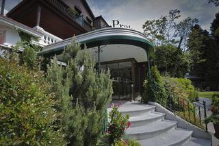 Hotel La Prairie, Avenue Des Bains,9